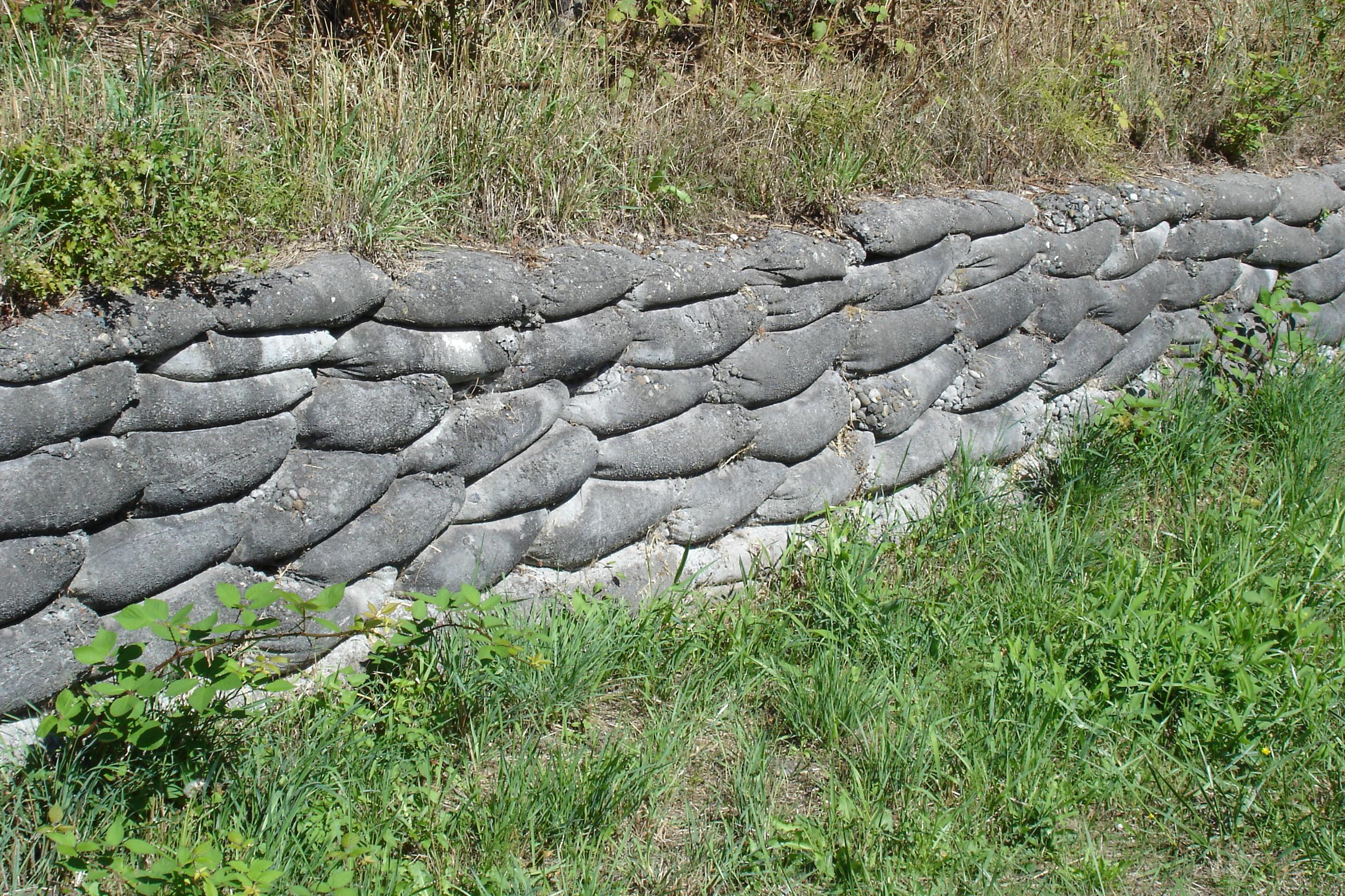 concrete sack wall yard inspiration Pinterest